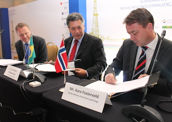 The Memorandum of Understanding was signed by the Norwegian Deputy Minister of Petroleum and Energy, Mr. Kåre Fostervold, and the Brazilian Vice-Minister of Research, Technology and Innovation, Mr. Luis Antônio Elias, on November 25, 2013.